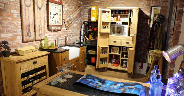 Besp-Oak's showroom