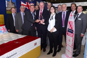 Sleepeezee wins best stand award at Minerva show