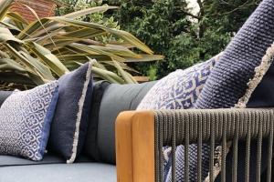 Readers' Choice 2021: Best Garden/Outdoor Furniture Supplier