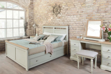 In focus – Cromwell bedroom, TCH