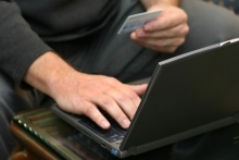 Online sales decline eases in July, saysIMRG-Capgemini